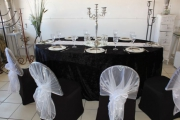 Blue Naartjie Teambuilding - Decor Services, example with black and white