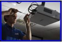 Blue Naartjie Teambuilding - Light and AV, projectors