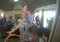 Blue Naartjie Teambuilding - Sculpture
